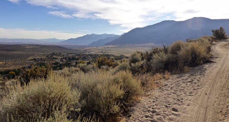 Drop in elevation allows for hiking year-Round in Tahoe area